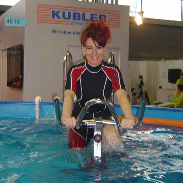 008 aqua fitness