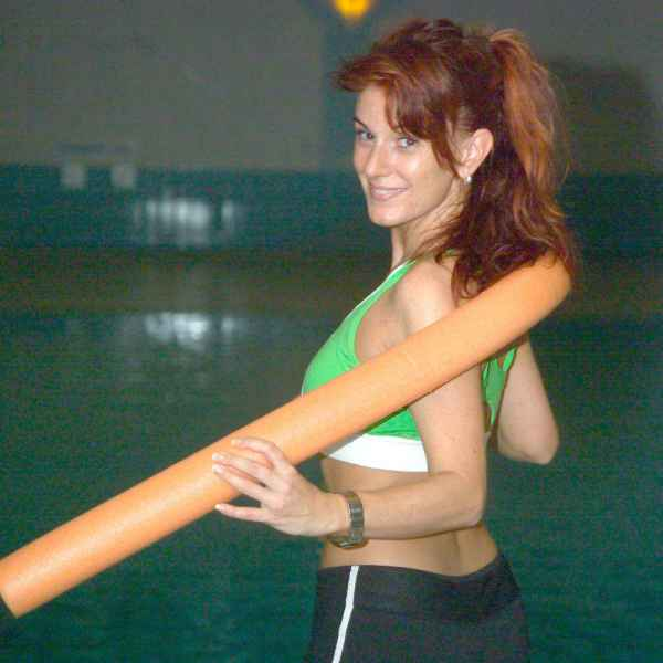 012 aqua fitness